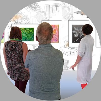 Menschen im Kunstforum des PUPARIUM